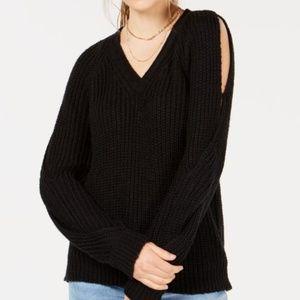 Crave Fame Jrs V-Neck Twisted Long-Sleeve Sweater